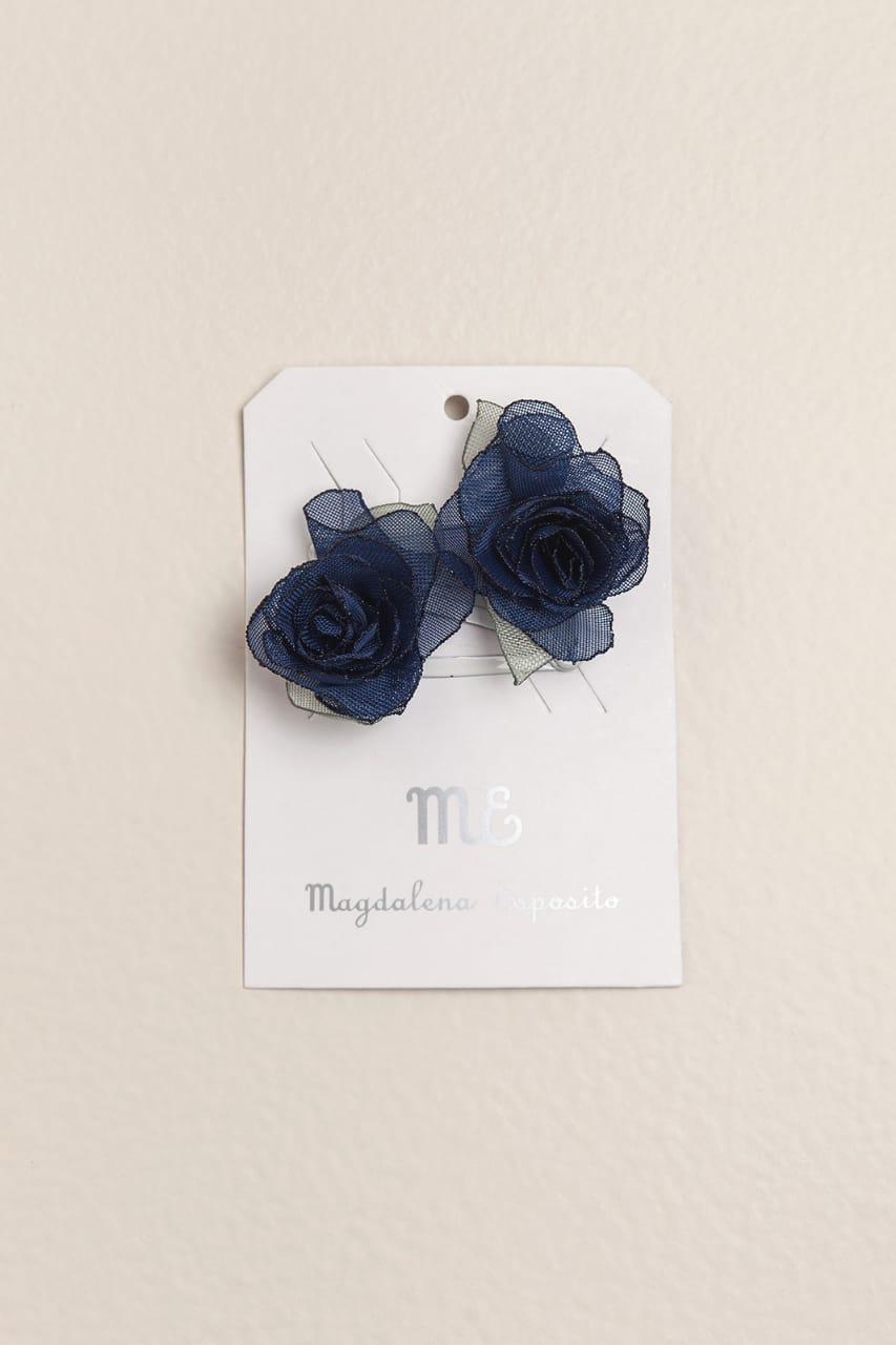 Par de sapitos con flor azul